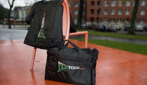 Jaktogo-wearable-carry-on-jacket-coat-bag